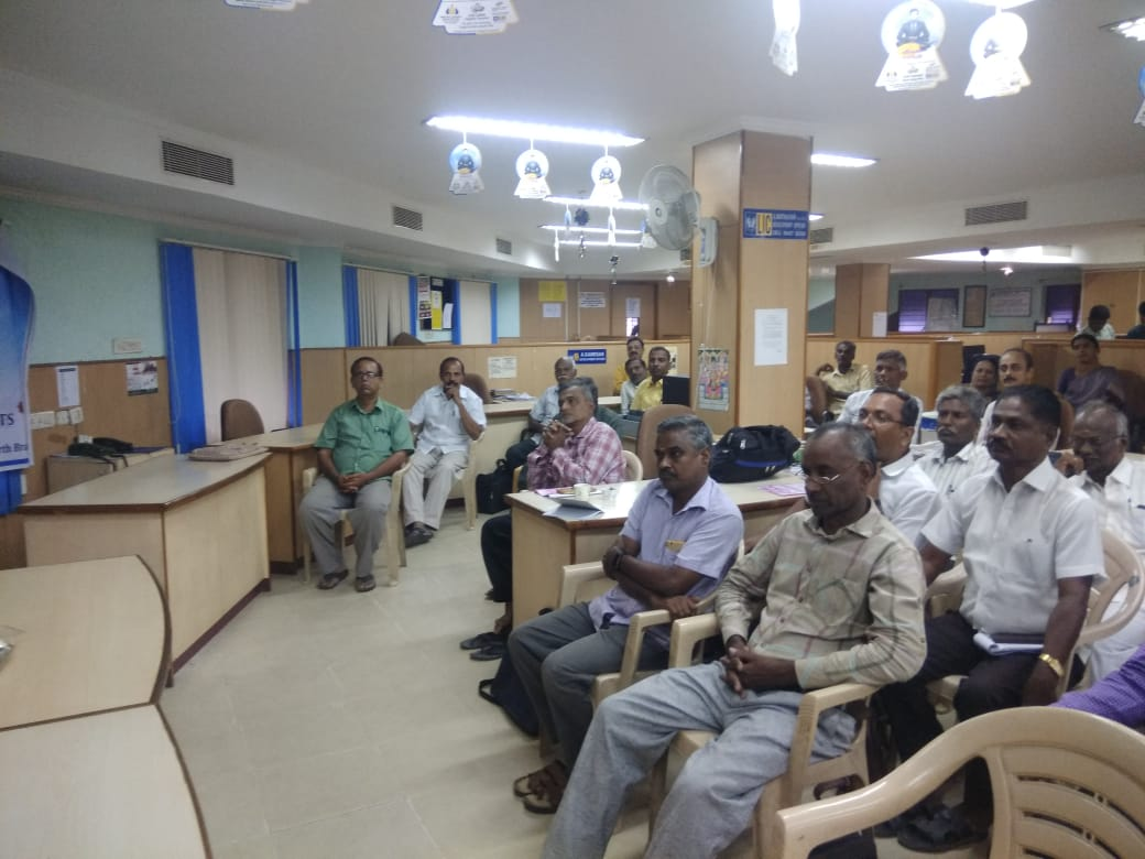 Dr. K. Velavan participated in a meeting of the LIC agents to address the cancer awareness. (5)